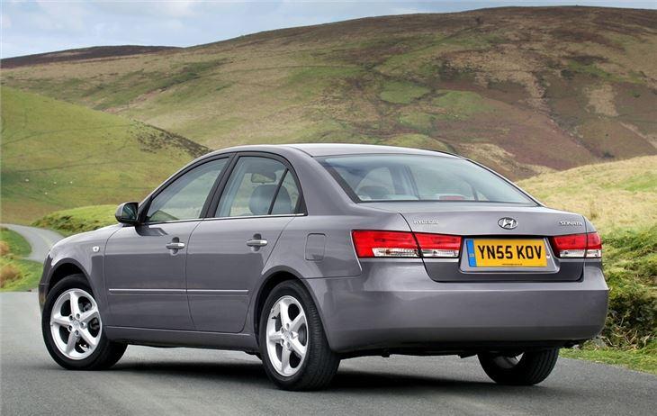 Hyundai Sonata 2005-2009 Gas Struts (Pair)